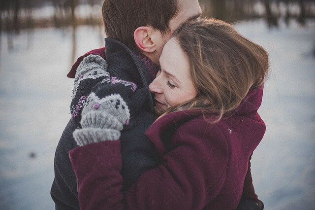 romance-couple-1209046_640 (1)